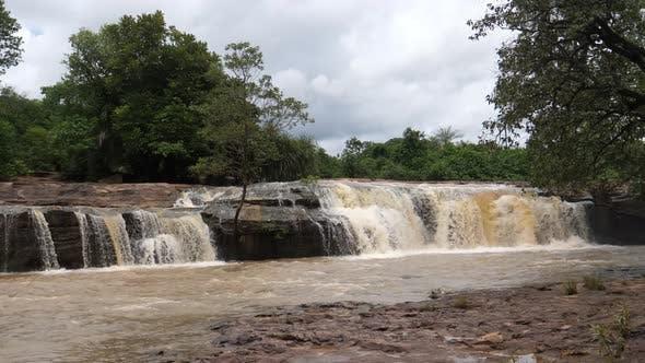 Waterfall at the Farako falls