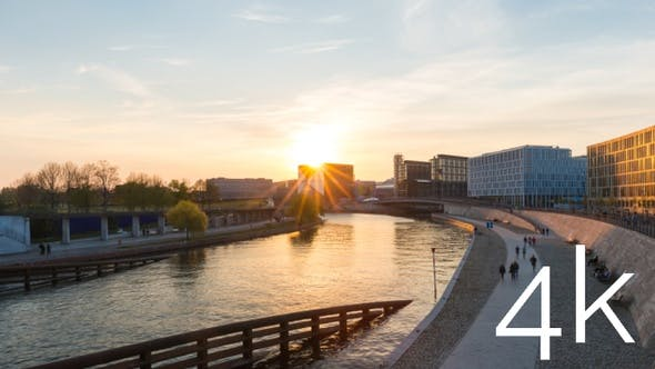 Berlin timelapse of city sunset at modern architecture waterfront in city centre