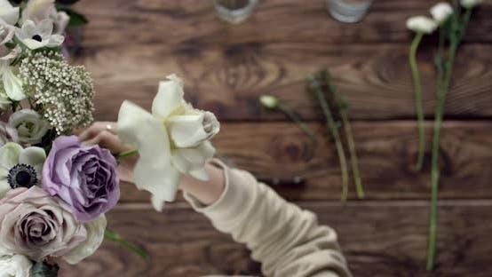 Thumbnail for Young Florist Assembles a Rustic Wedding Bouquet