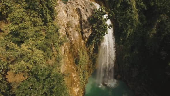 Cover Image for Waterfall in the Mountains