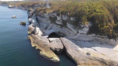 Cliff Sea Naturel Pool