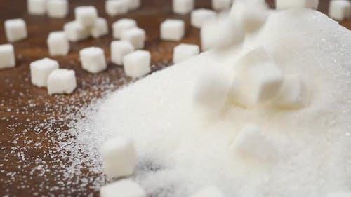 Weißer Kristallzucker und raffinierter Zucker