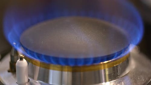 Natural gas inflammation from kitchen stove