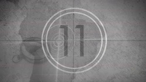 Countdown vor grauem Hintergrund 4k