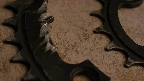 Thumbnail for Filmmusik, rotierende Aufnahmen von Zahnrädern