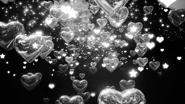 Leuchtende Chrom-Herzen
