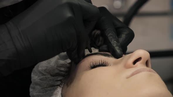 Thumbnail for Esthéticienne, Spécialiste de Maquillage Permanent Maquillage Eyeliner Maquillage Permanent