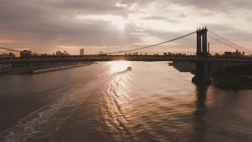 Aerial view of Manhattan Bridge structure