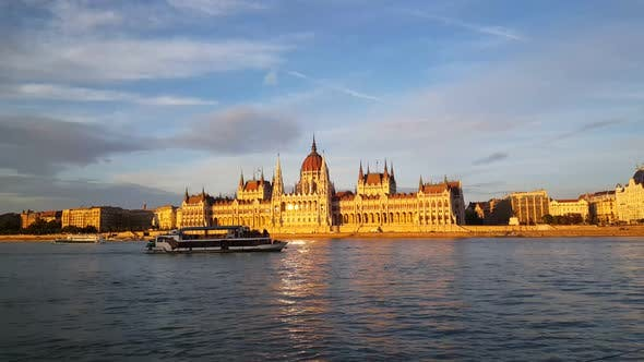 Cover Image for The Hungarian Parliament Building