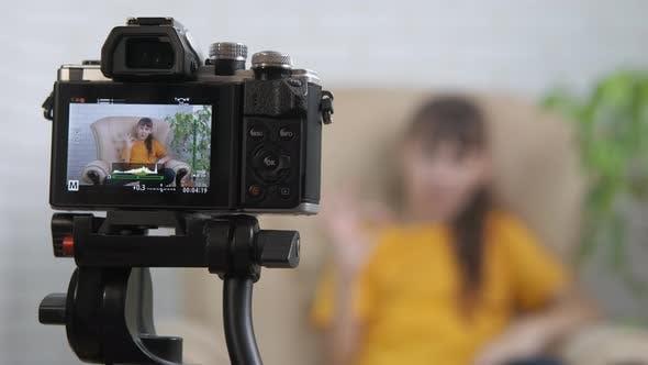 Little Blogger on Video