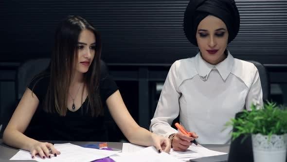 Thumbnail for Businesswomen Working In Modern Office