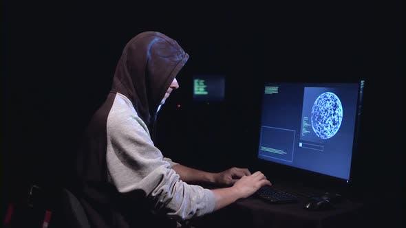 Thumbnail for Spion entgeht der Sicherheit der Cyberpolicy Website