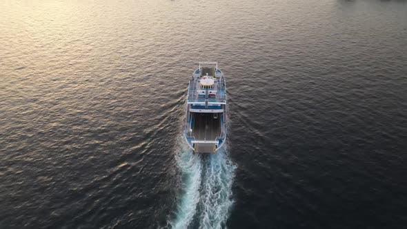 Passage Boat