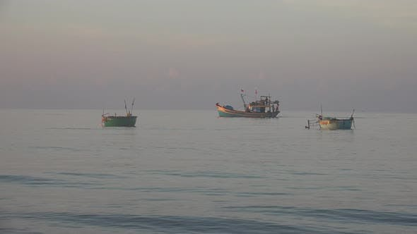 Thumbnail for Fishermen and Early Morning In Vietnam
