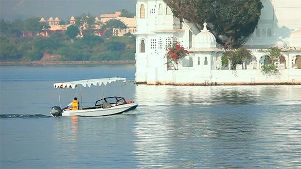 Thumbnail for Lake in Udaipur