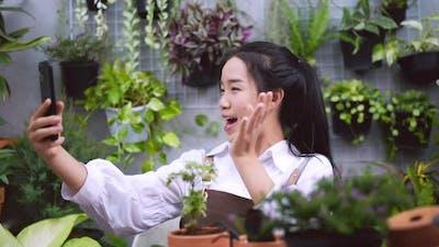 woman live stream garden shop
