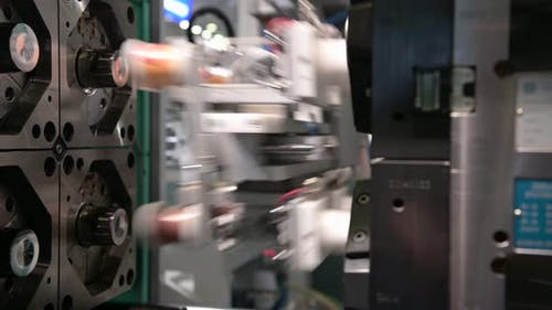 Automatic Plastic Injection Molding Machine.