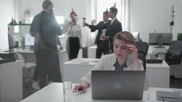Working Day at the Office, Woman Have a Bussiness Conversation