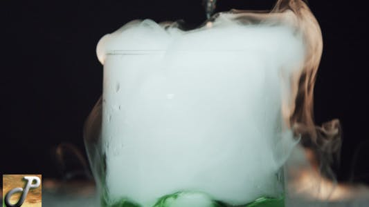 Cover Image for Glass With The Effect Of Dry Ice 06