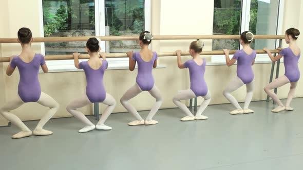 Kids Training at Ballet Studio