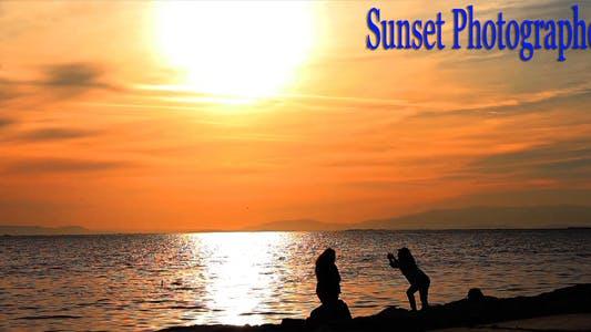 Thumbnail for Sunset Photographers
