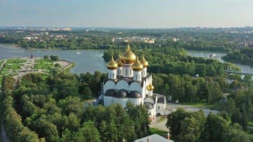Mariä Himmelfahrt in Jaroslawl Russland