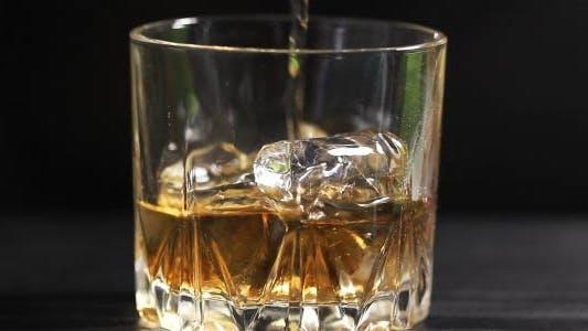 Cognac mit Eis (2 in 1)