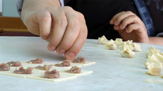 Thumbnail for Turkish Ravioli Pastry