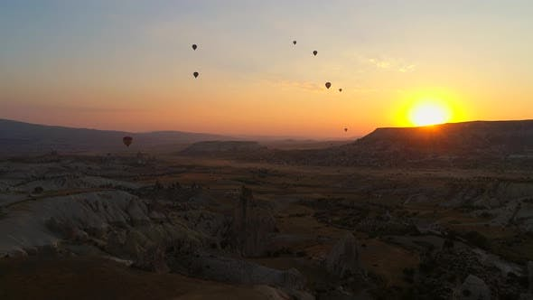 Cover Image for Sunset Balloon And Cappadocia Turkey