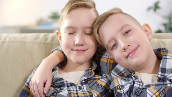 Thumbnail for 10-Year-Old Caucasian Twins Posing for Camera