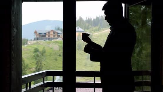 Thumbnail for Eegant Man, Bräutigam oder Geschäftsmann trägt einen Anzug am Fenster. Zeitlupe V3