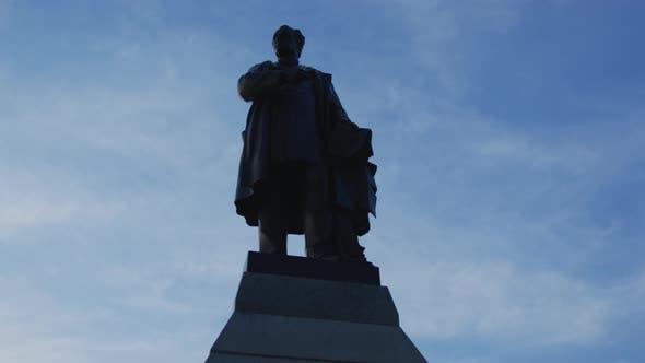 Thumbnail for A statue of Cartier on Parliament Hill