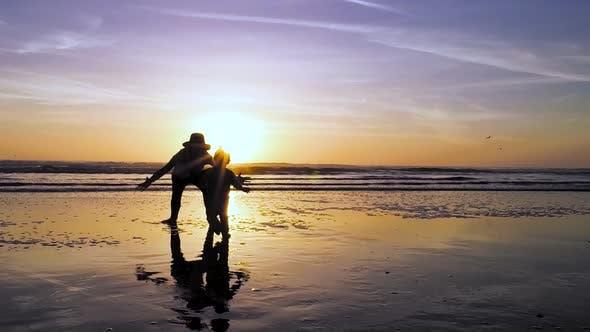 Joie du coucher du soleil