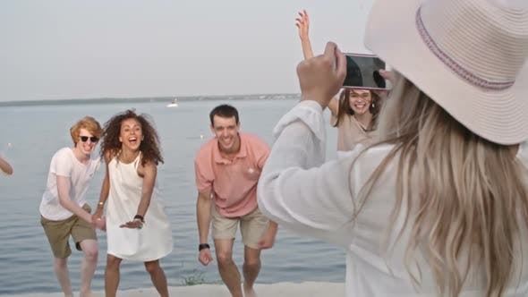 Cover Image for Photographing Jumping People on the Beach