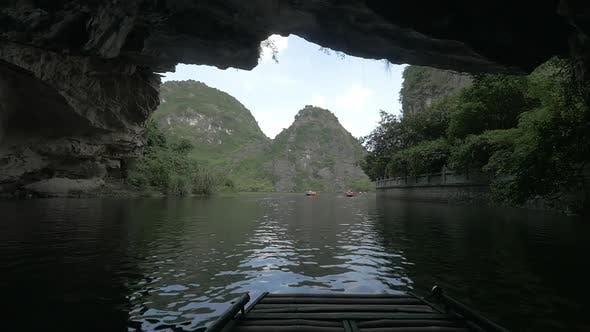 Thumbnail for Ha Long Bay Boat Tour in Vietnam