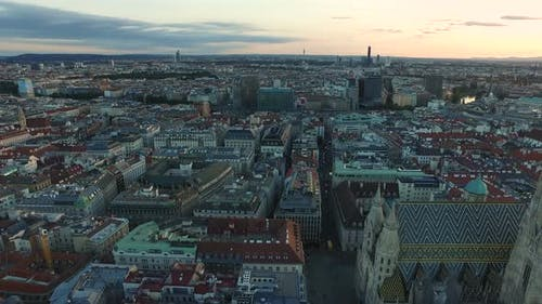 Aerial shot of Stephansdom and its surroundings