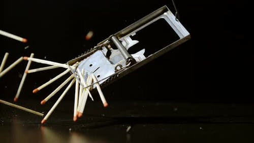 Matchsticks falling into a mousetrap, Ultra Slow Motion
