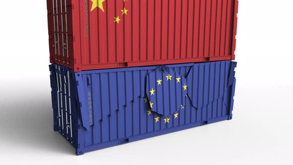 Cover Image for Container with Flag of China Breaks Container with Flag of the EU