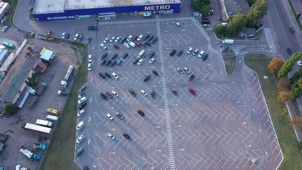 Car Parking Near The Metro Store