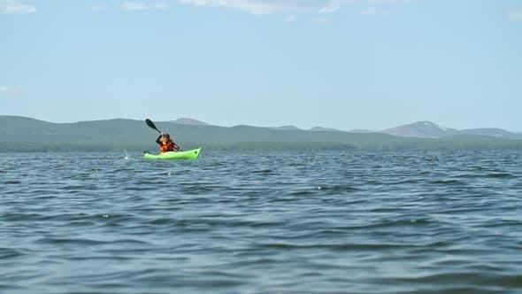 Kayak Traveling