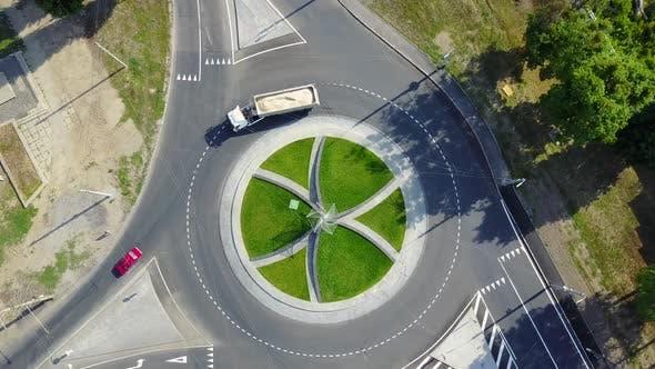 Thumbnail for Circular Movement at the Traffic Intersection