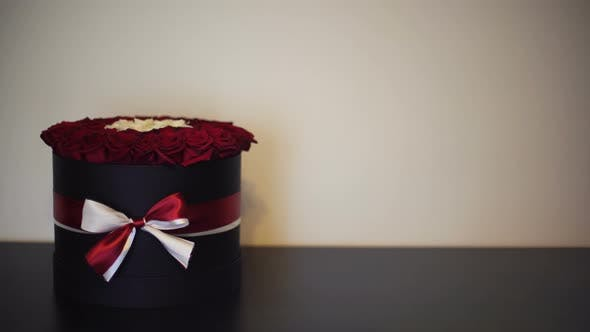 Thumbnail for Box of Roses 09