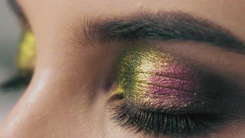 Fashion Eyes Makeup