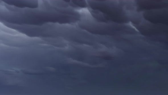Thumbnail for Mammatus Wolken Dramatisch Himmel Zeitraffer