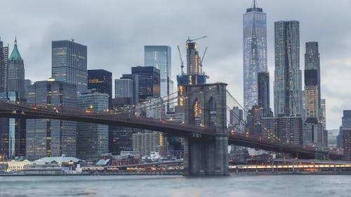 New York City , USA, Timelapse  - Brooklyn Bridge from day to night | New York City
