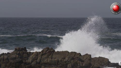 Kraftvolle Wellen 5
