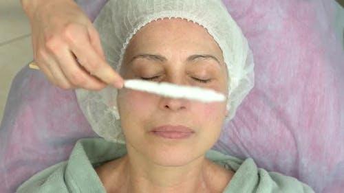 Gesicht Cryomassage Erwachsene Frau