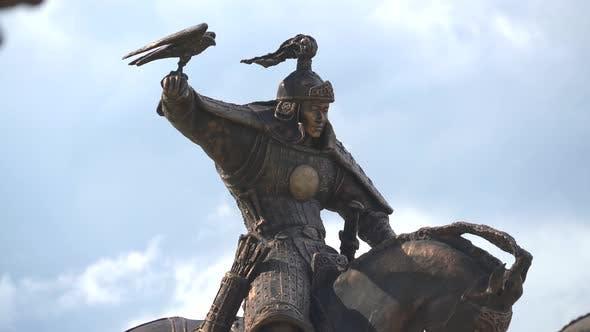 Statuen von Dschingis Khans Reiterkavalleriekriegern in der Mongolei