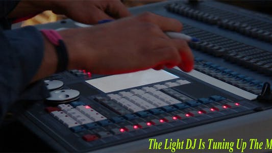 Thumbnail for The Light DJ Is Tuning Up The Mixer