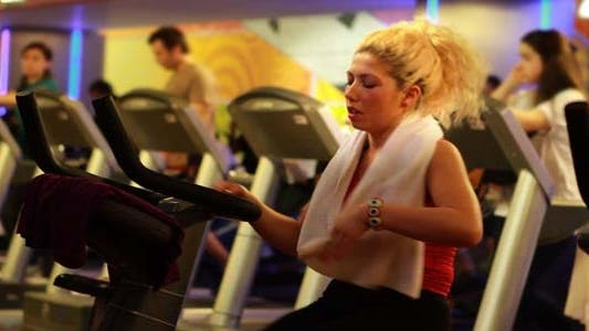 Thumbnail for Girl Doing Sports In A Gym